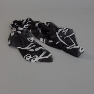 Donna elastik med tørklæde i sort