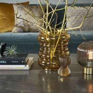 Lampe med guld bund miljøbillede