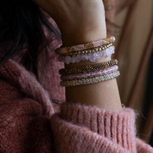 Miljøbillede armbånd rosakvarts Haniel