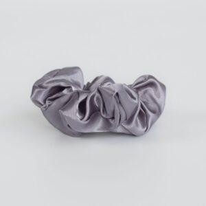 Silk plain grå scrunchie
