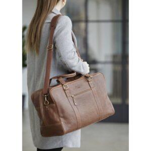 shopbillede weekendtaske i brunt skind 50x30x24